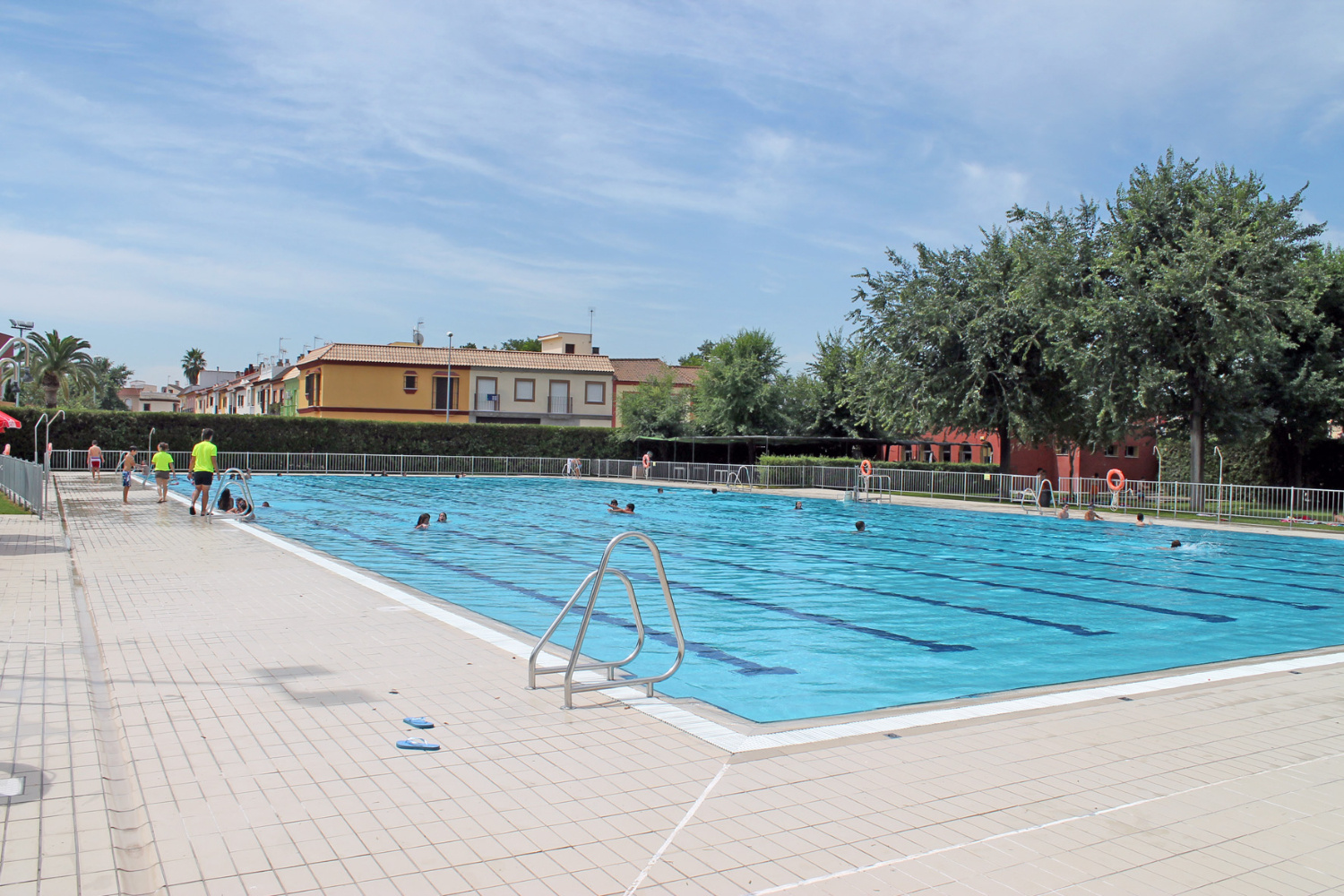 Piscina sevilla la nueva great piscina sevilla la nueva for Piscine sevilla